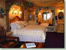 homephoto2 Romantic Getaways in Wisconsin   Lake Geneva Bed and Breakfast & Lake Geneva Hotel
