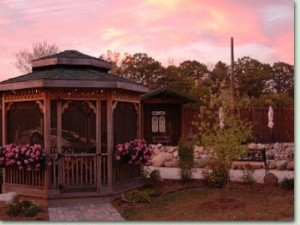 Enjoy a Beautiful Sunset at a Lake Geneva Inn