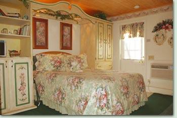 vintage 1 Vintage Lace Room