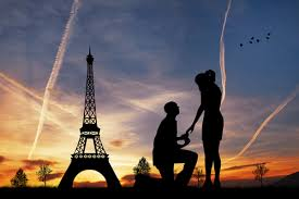 eiffel tower Creative Romantic Marriage Proposal Ideas Part 1
